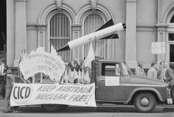'May Day march, 1974; CICD float', John Ellis collection, 1999.0081.00322