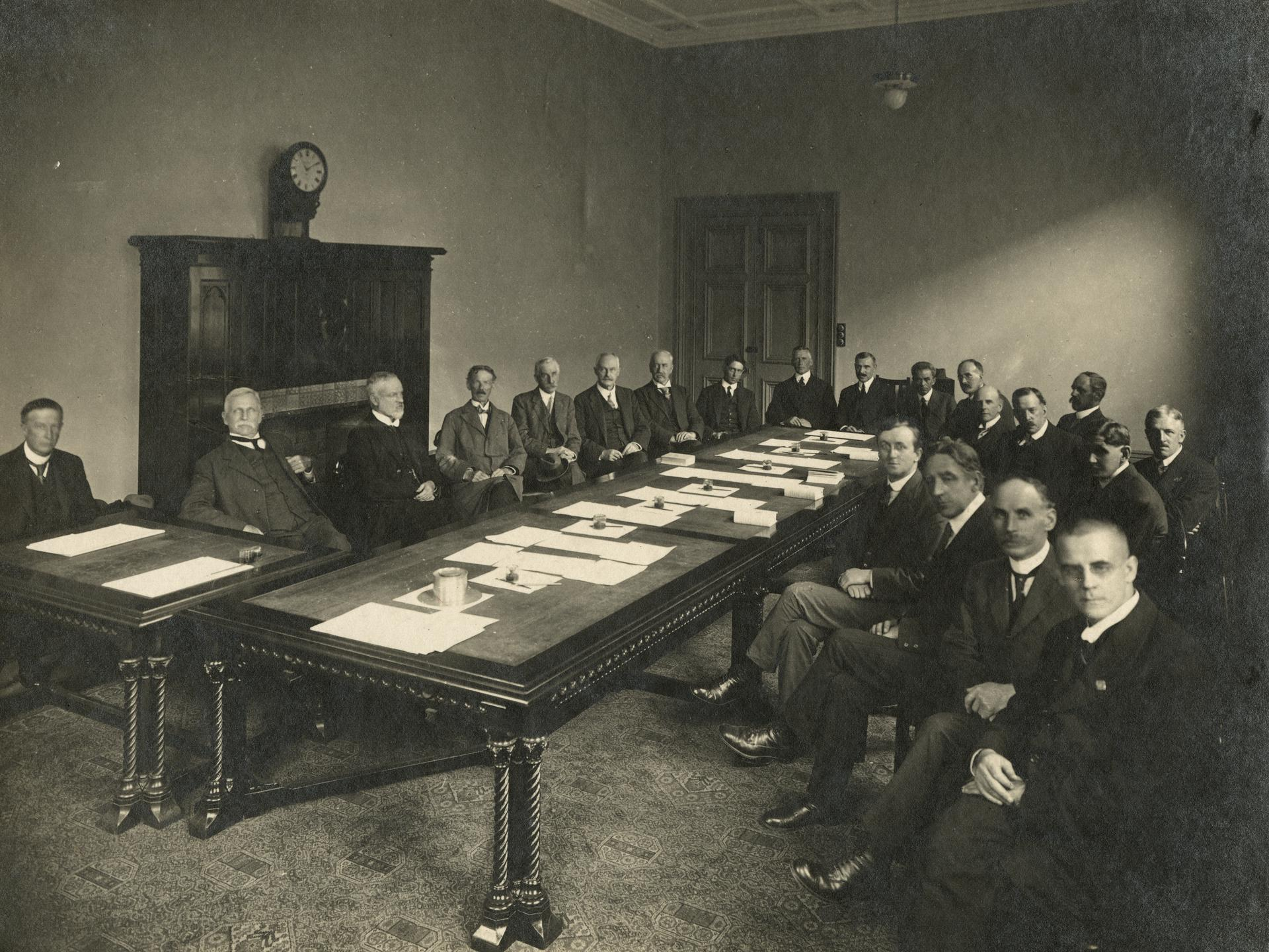 Professorial Board meeting c1919