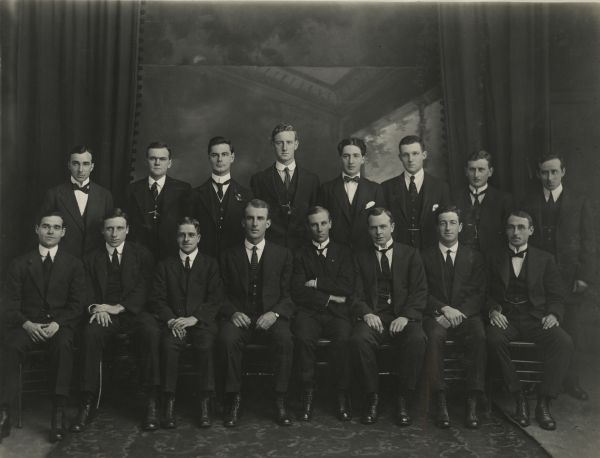 Medical Students' Society Committee, 1916, Strathfieldsaye Estate Collection, 1976.0013.00052
