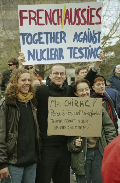 JE093C_07 - Protesters at a rally against French nuclear tests, 1995. University of Melbourne Archives, John Ellis collection, 1999.0081.00943