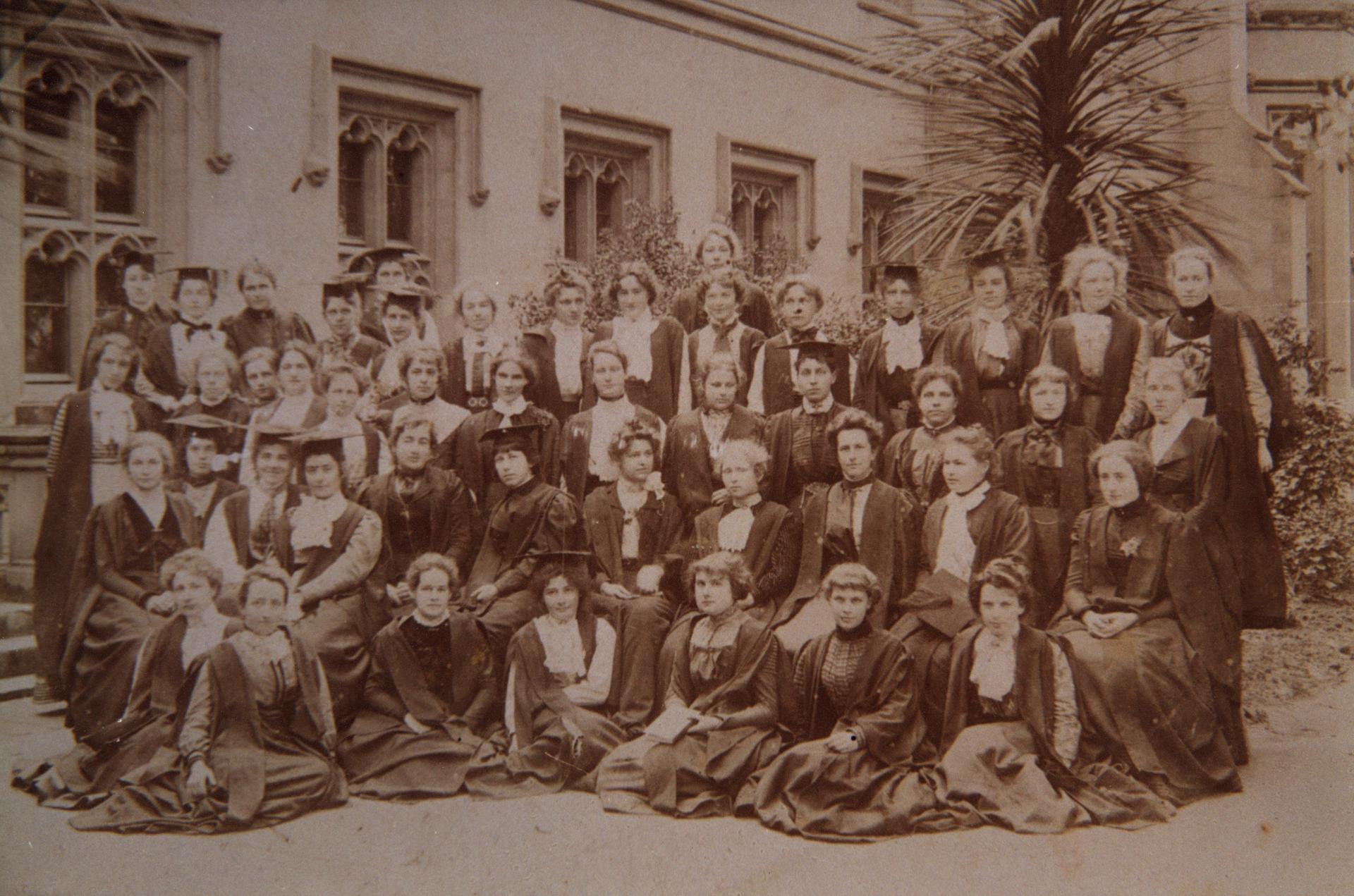 Women Students, 1902